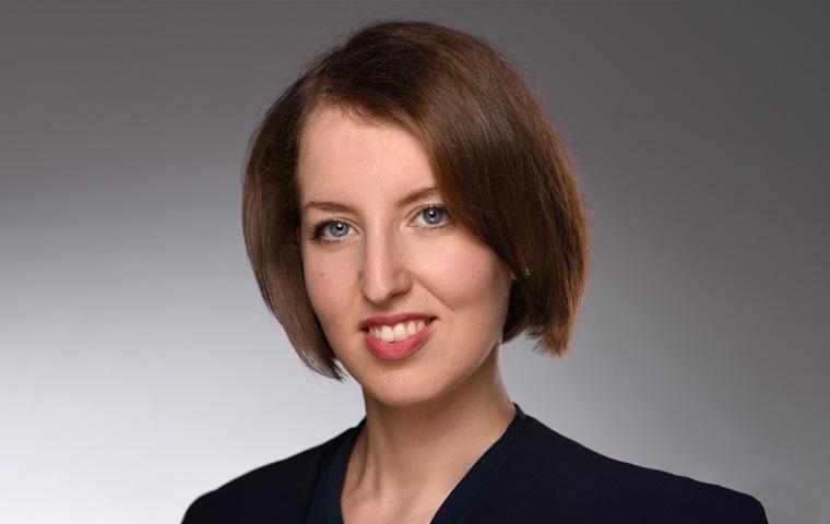 Dr. Eva Maria Parisi